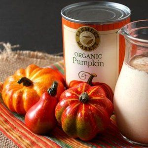 Add a taste of fall to your morning coffee with homemade pumpkin spice, gingerbread or cinnamon vanilla creamers.