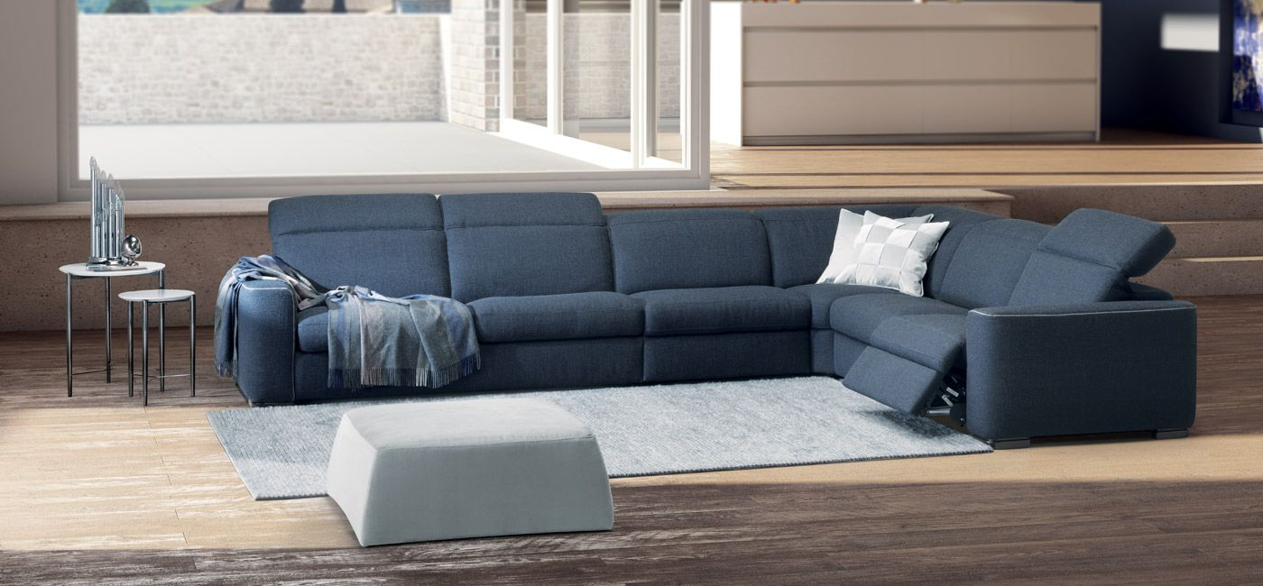 Quick Delivery 1 In 2020 Natuzzi Compact Sofas Sectional Couch