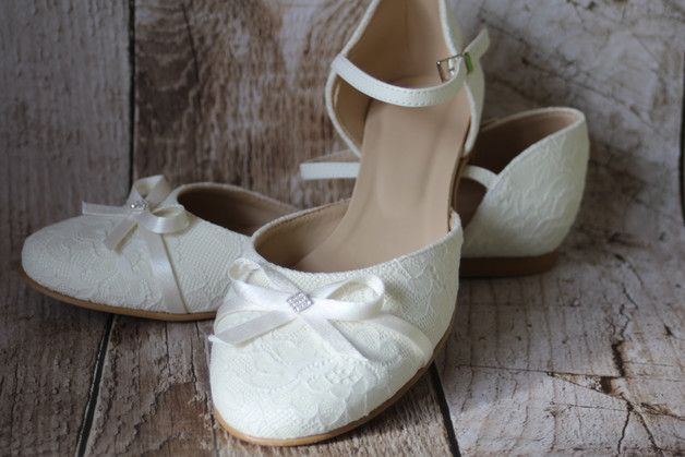 Flache Und Sehr Bequeme Brautschuhe Bezogen Mit Wunderschoner