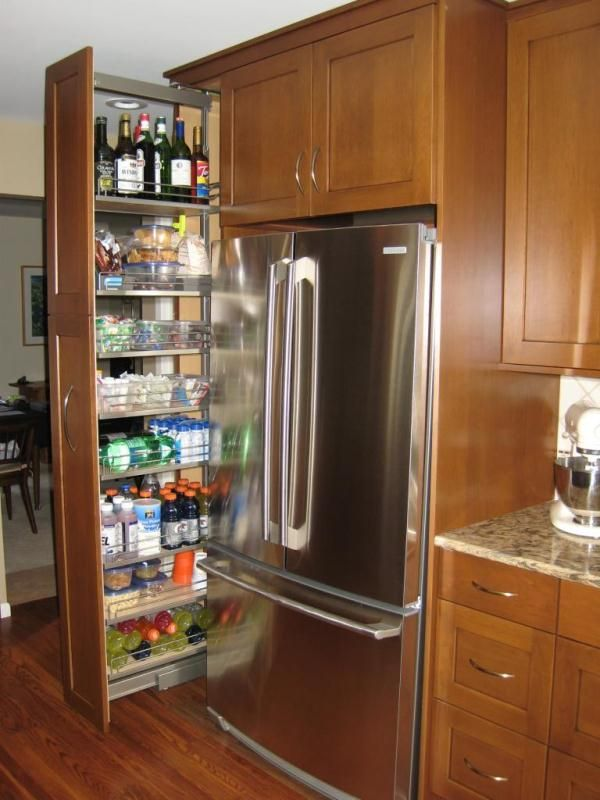 Eight great ideas for a small kitchen pantry kitchens for Pantry ideas for a small kitchen