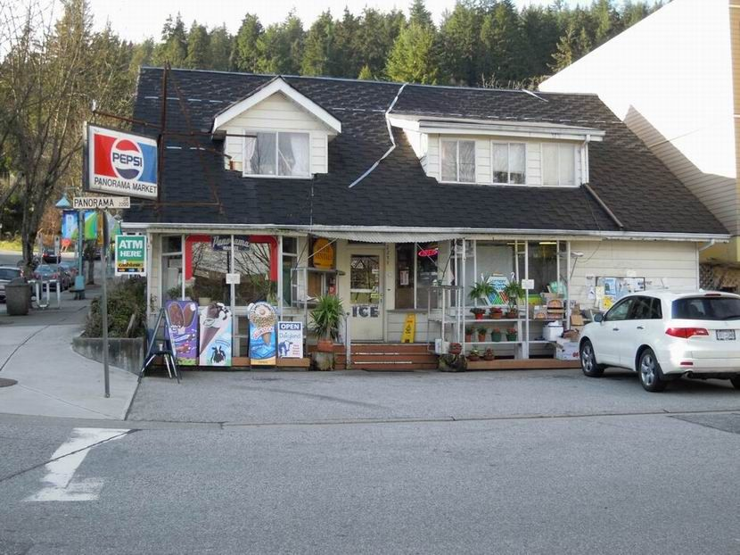 Panorama Market In Deep Cove Village