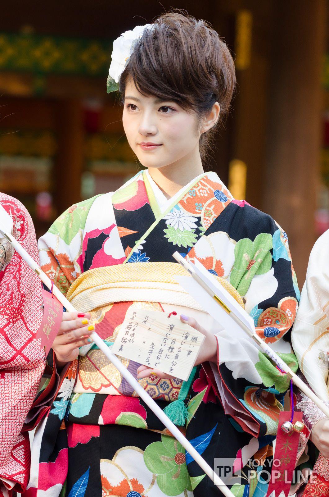 乃木坂46、新成人メンバーが乃木神社で成人式 振り袖姿を披露