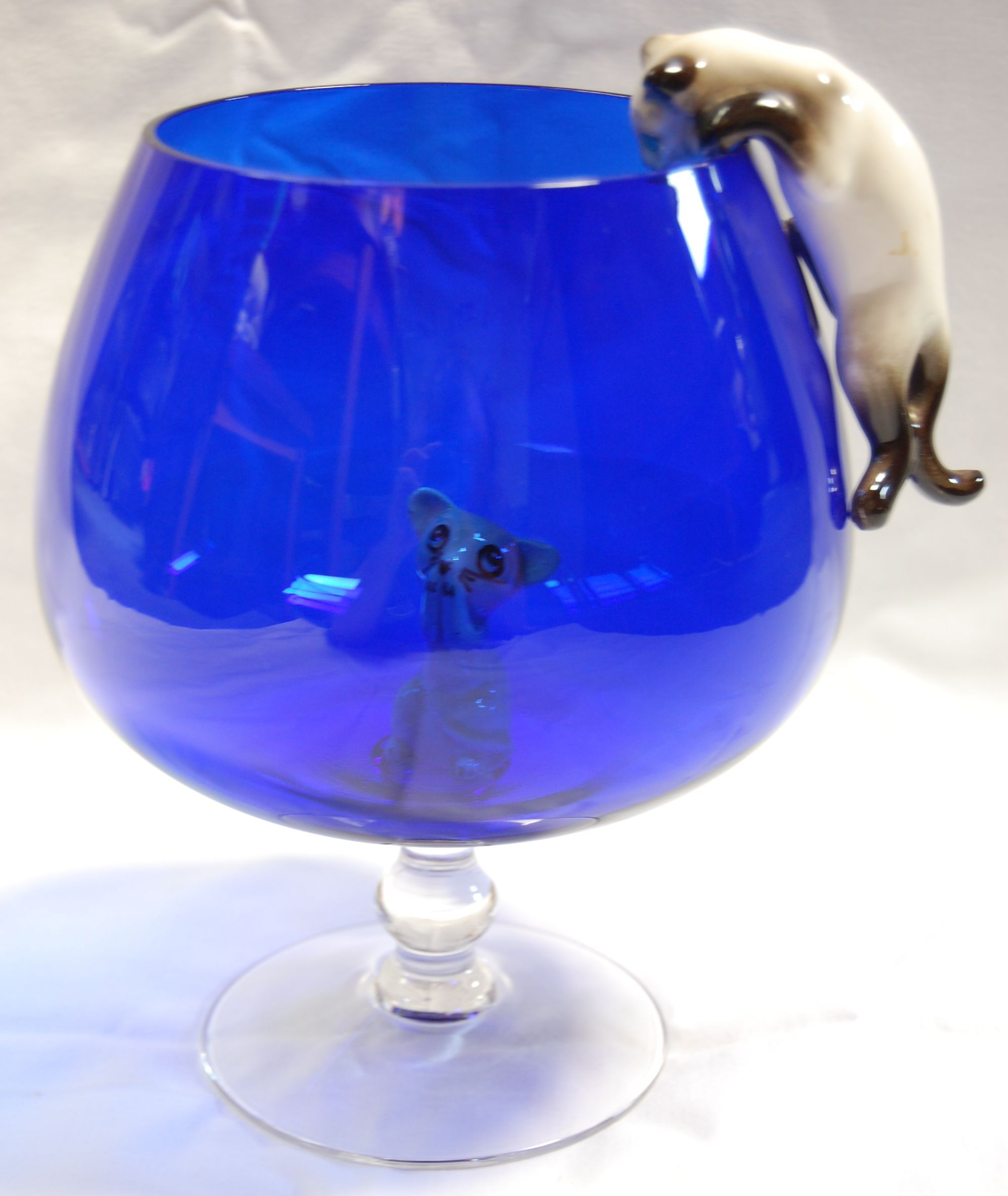 Dont let the cat get me fab cat and mouse with large brandy brandy glass reviewsmspy