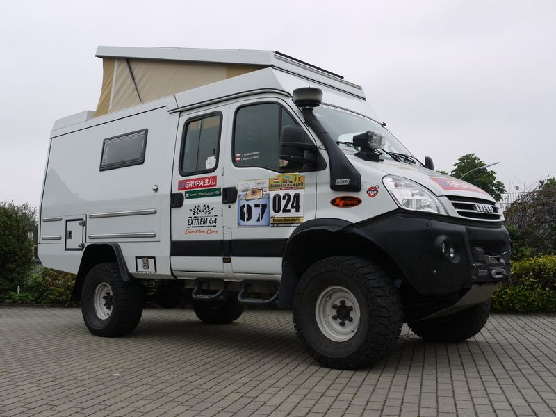 Custom Campers - IVECO 4x4   Campers   Pinterest