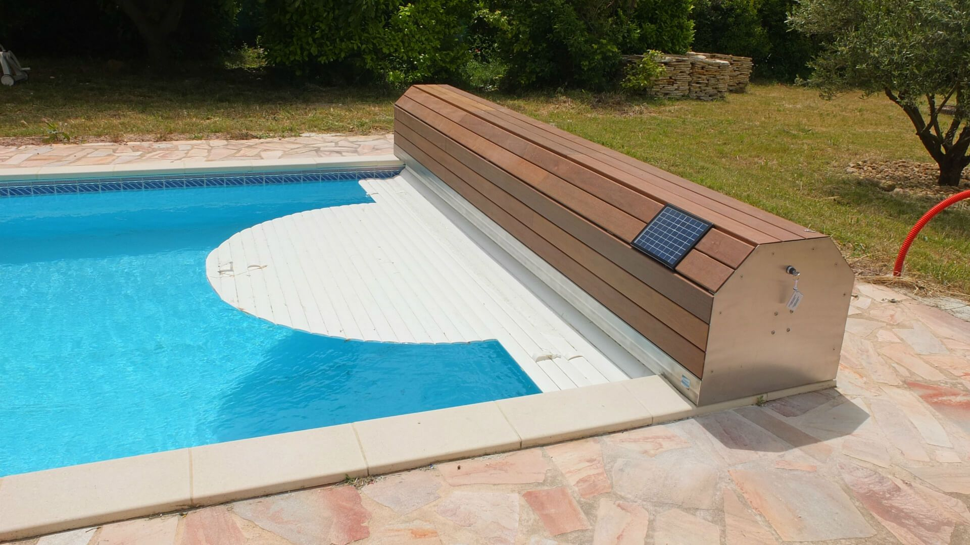 Attache Securite Volet Roulant Piscine Volet Roulant De Piscine Hors Sol Aqualiss Swimming