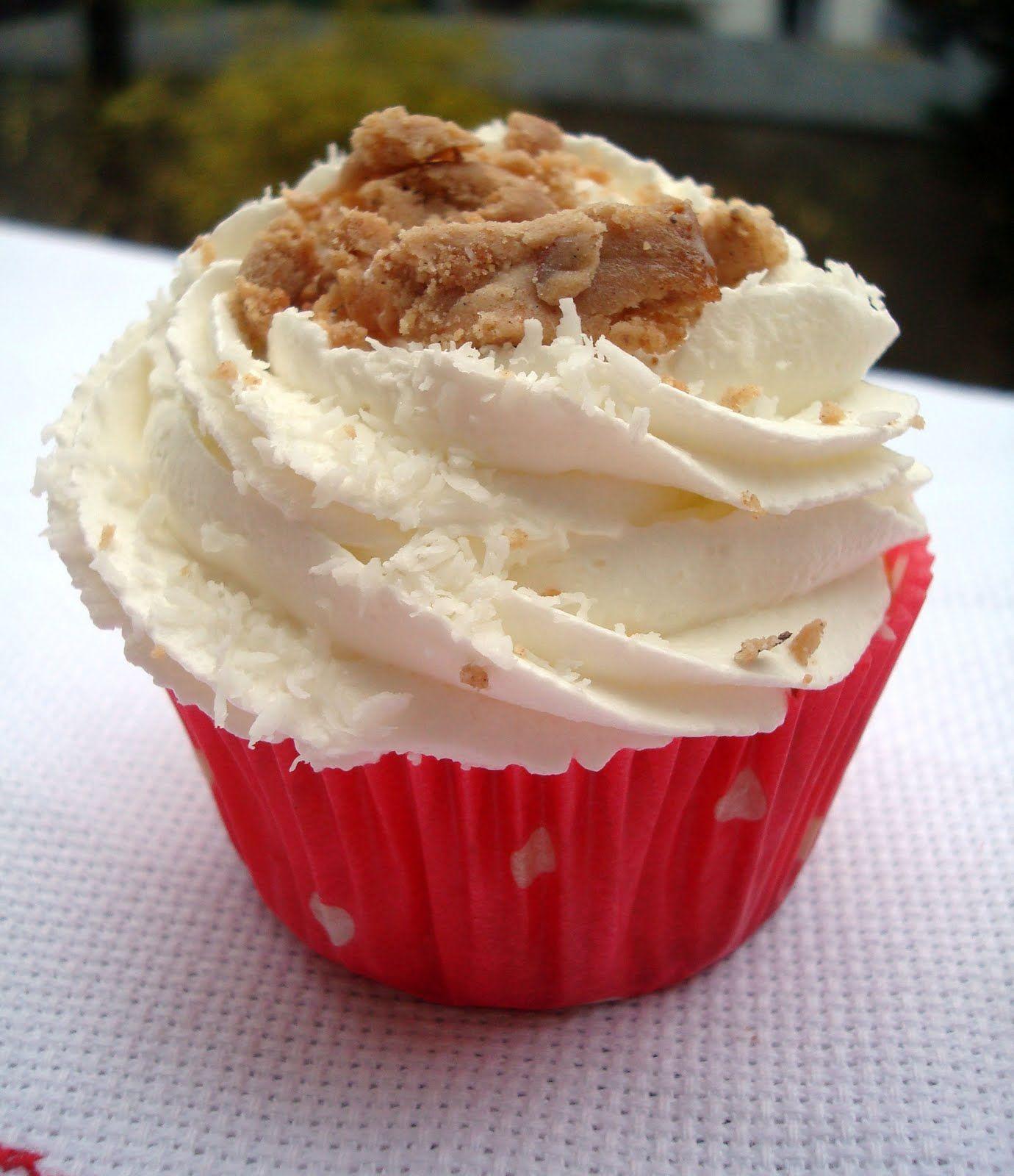 Cupcakes de nata y polvorón