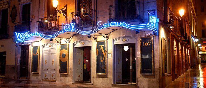 Joy Eslava, en la céntrica calle del Arenal y ubicada en un teatro, es una de las salas más antiguas de la capital. Todo un clásico de la noche madrileña.