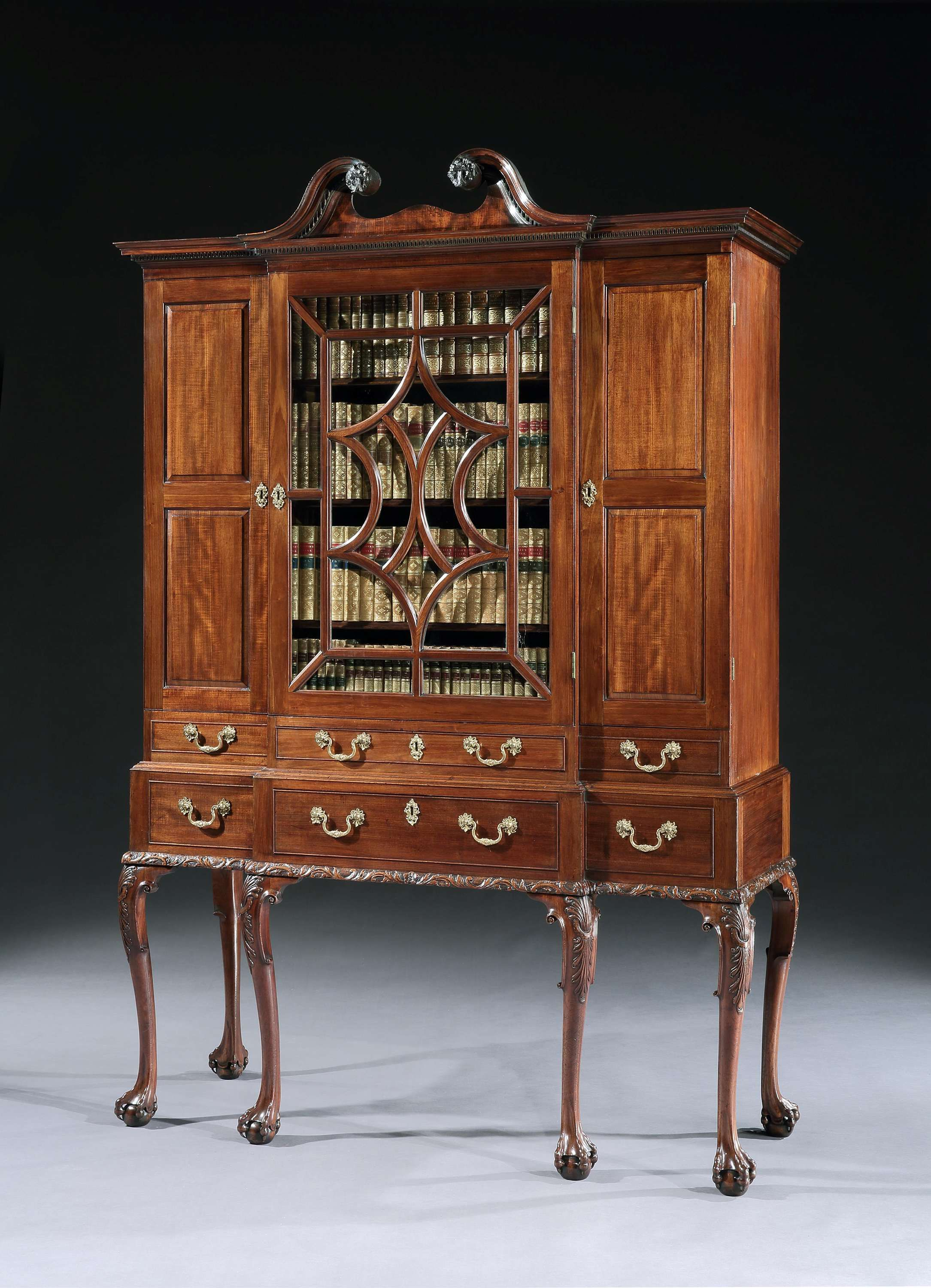 A George Ii Mahogany Breakfront Secretaire Cabinet On Stand Secretaire Cabinet Et Rangement