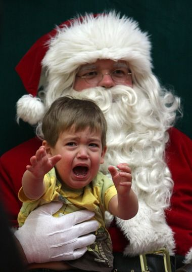 Scary Santa How Staten Island Parents Can Prepare Their Kids To Meet The Big Guy Scary Christmas Scared Child Bad Santa