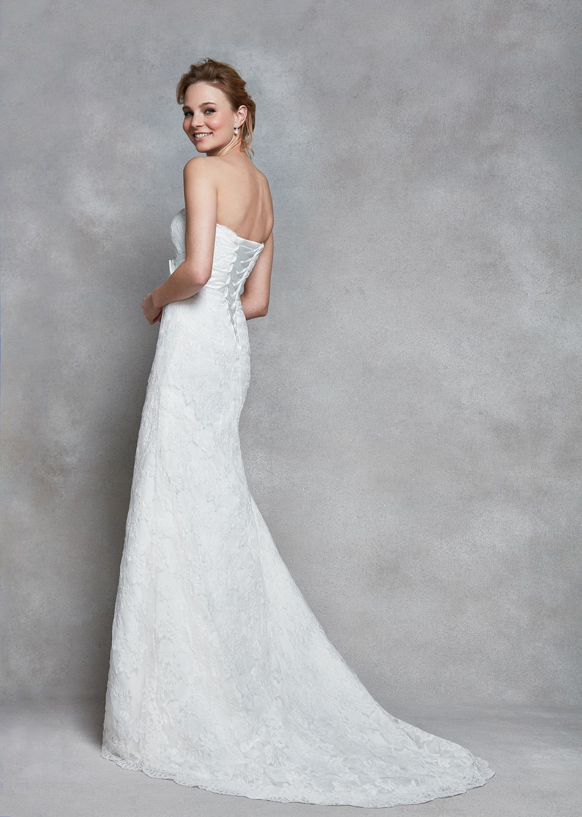 Montezu this simple gown is elegant and classy featuring lace