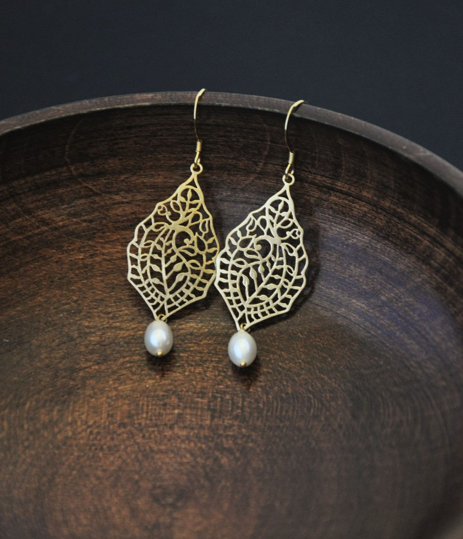 Gold Paisley Earrings with Pearl/ Filigree Earrings/ Dainty Gold Earrings/ Pearl Earrings/ Asian Inspired Earrings/ Dangle Earrings by YsmDesigns on Etsy