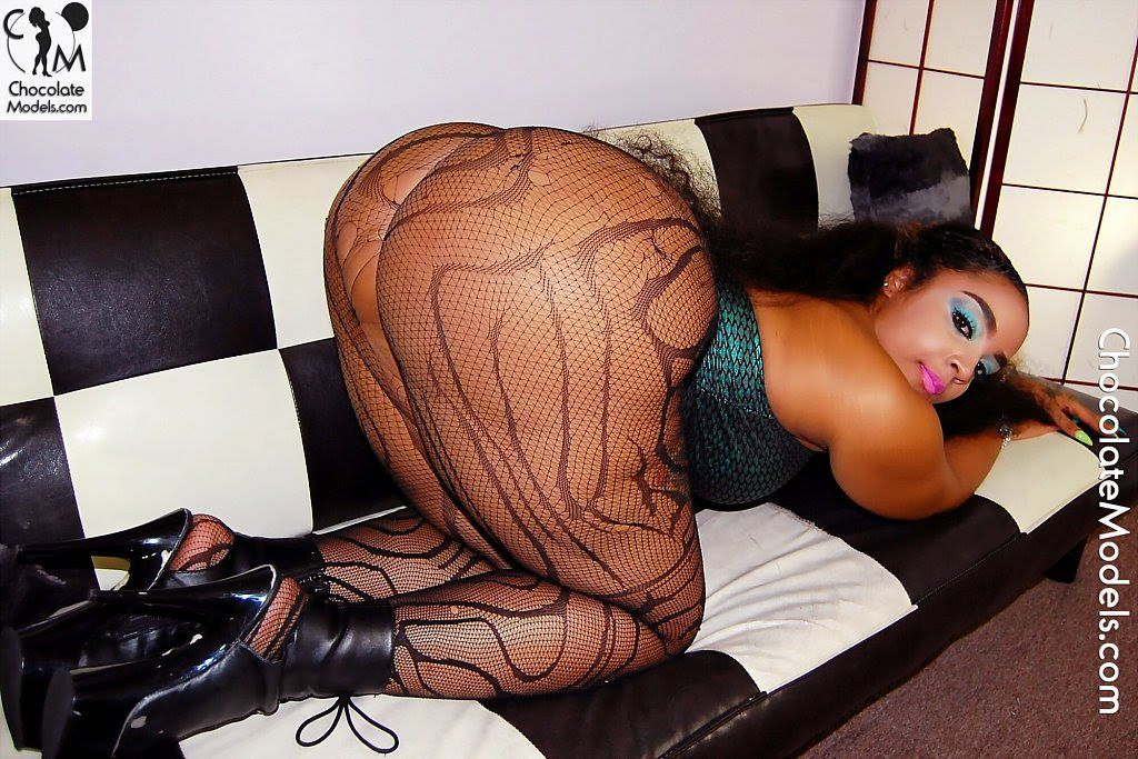 European cam watch black ass first time