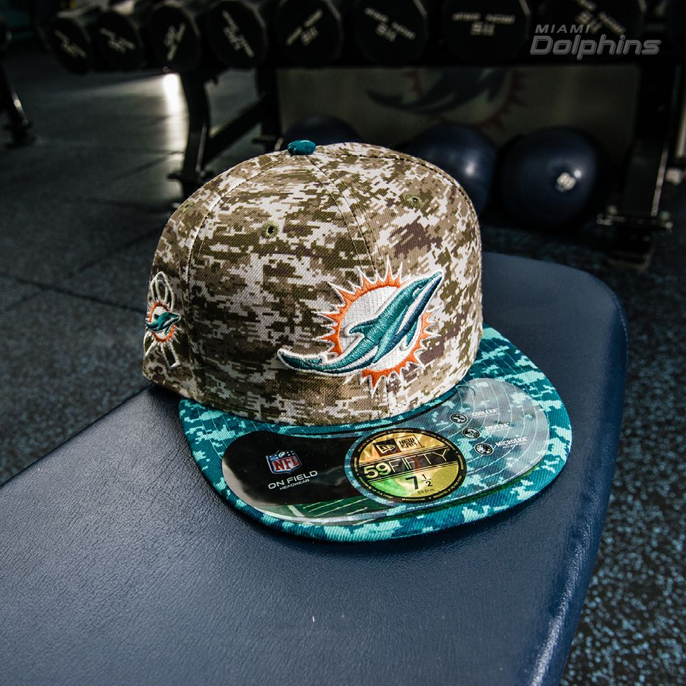 New Era Camo Miami Dolphins Salute To Service On Field 59FIFTY Fitted Hat e80e25d33