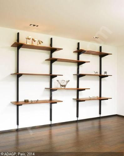 prouv jean etag re suspendue sur cr maill re etagere. Black Bedroom Furniture Sets. Home Design Ideas