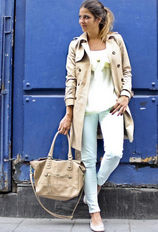 BASICO ES LA GABARDINA ....Outfit para salir con las amigas a tomar café o de shopping. La gabardina es un elemento exquisito para la temporada de lluvias. Úsalo y serás toda una fashionista...