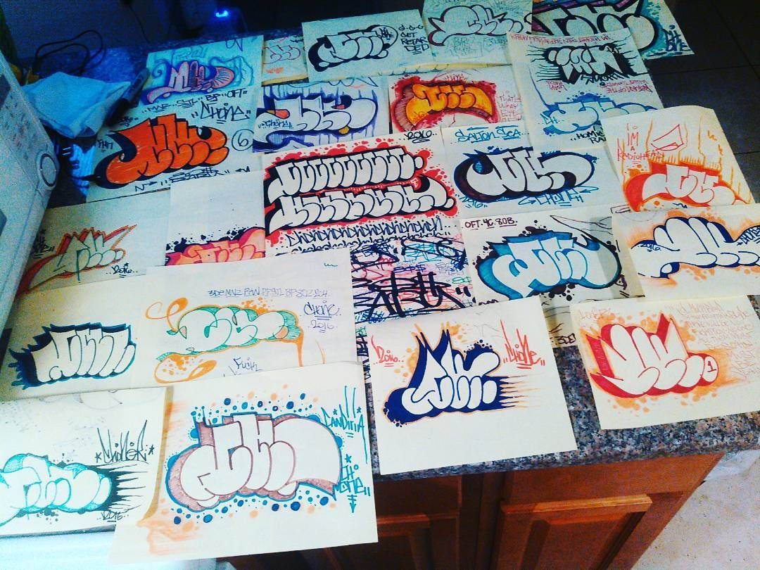 Some of this week's fun CHchchcchhchchhhchhhvhch 80sBABY #throwups #bubbleletters #BLACKBOOK #graff #graffiti #sketch #fillins #art #piece #painting #abstract #blockletters #sculpt #vintage #80s#90s#posca #lettering #streetart #nycart #evil #horror #quotes #canvas  #nineinchnails #logo #band #caligraphy#ch #stephenking by snak_atak_