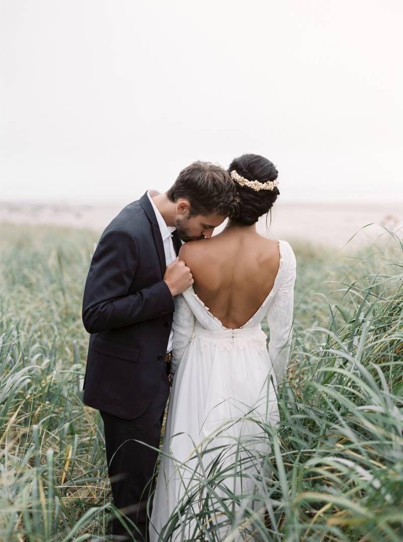 Simple wedding dresses for eloping  Simple u elegant Oregon Beach Elopement ideas via Magnolia Rouge