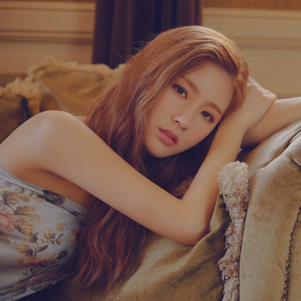Miyeon in 2019 Long hair styles, Kpop girls, Asian beauty