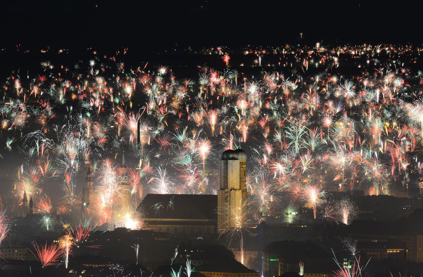 Around the world on New Year's Eve in photos | Celebration ...