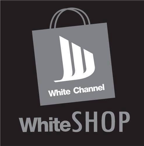 เป็นร้านค้าออนไลน์เพื่อให้แฟนๆ White Channel ได้สั่งซื้อสินค้าพรีเมี่ยมเเละสินค้าอื่นๆ  แฟนเพจของเรา           www.facebook.com/tv.whitechannel ร้านค้าของเรา              www.facebook.com/tv.whiteshop บริการข่าวสารของเรา    www.facebook.com/Whiteservice