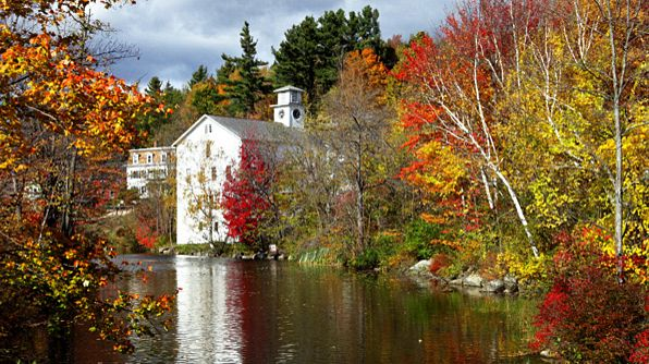 Fall vacation idea in New Hampshire