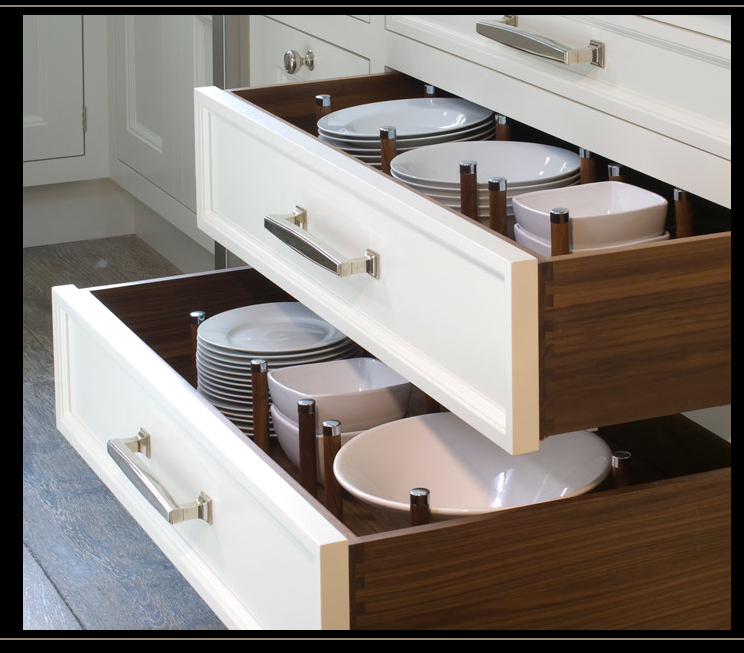 Example Of Dishes Stored In Drawers Definitely An Option In Your Kitchen Rather Than Upper Kitchen Organization Kitchen Hacks Organization Kitchen Renovation