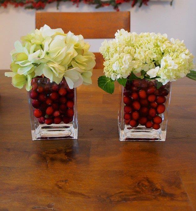 The Coolest Christmas Ideas Roundup! Cranberry centerpiece