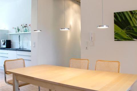 flach esstischleuchte decent von oligo wohnen pinterest esszimmerlampe esstische und. Black Bedroom Furniture Sets. Home Design Ideas