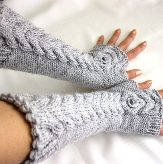 GRAY LONG Fingerless Gloves with a cable pattern by Rumina on Etsy ...