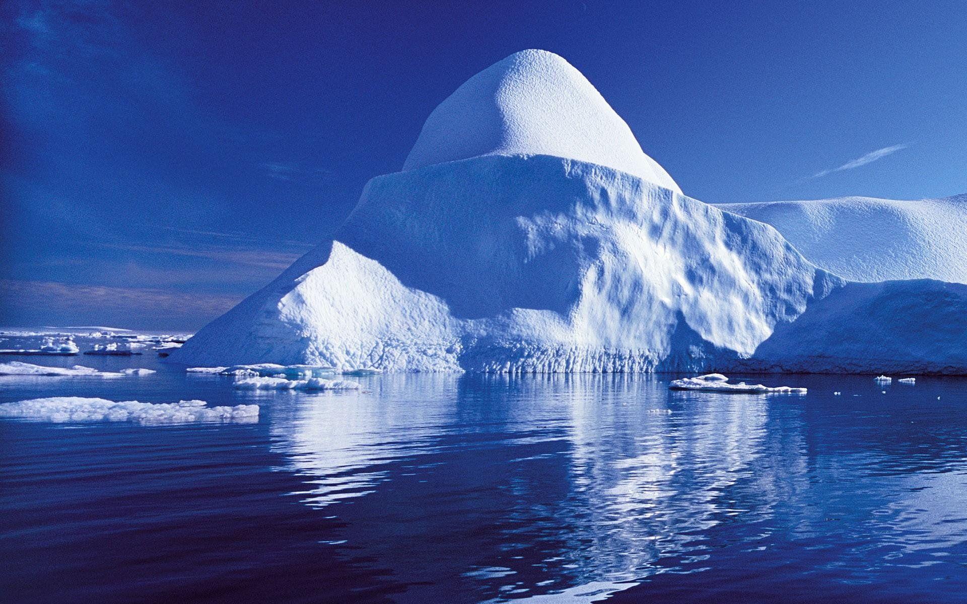 Blue Ice Glacier Wallpaper