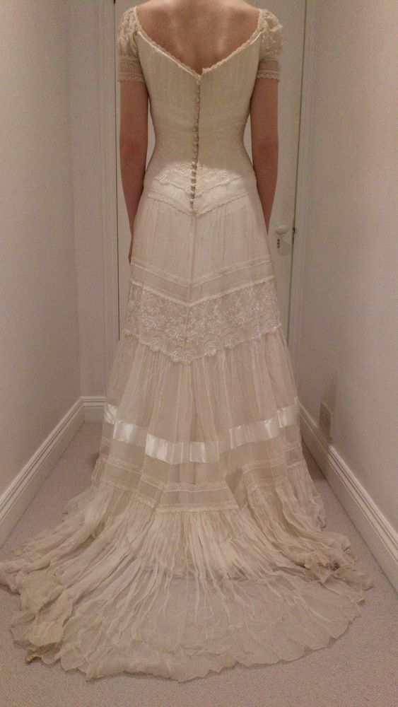 Ivory phase eight lace wedding dress ex sample. | in stoke-on.