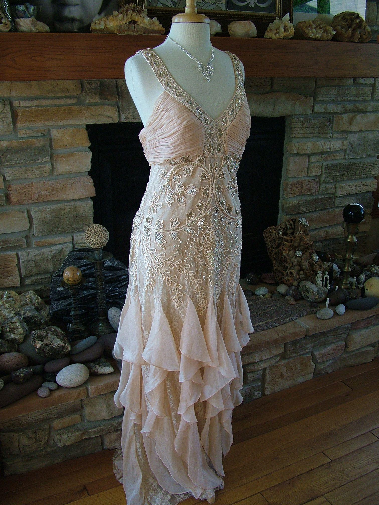 Deco Wedding Dress great gatsby 1920s inspired wedding