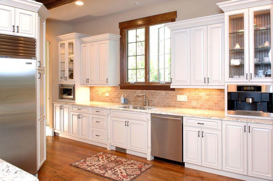 bi leveled cabinets and backsplash | Affordable kitchen ...