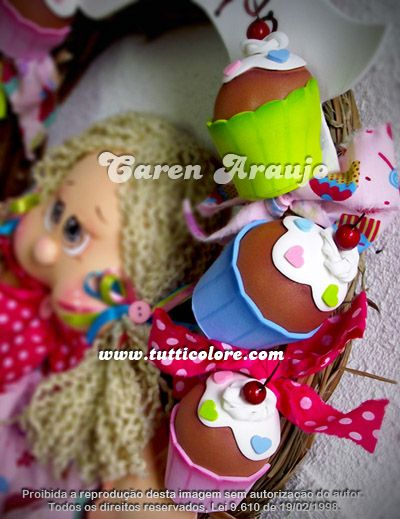 Tutti Colore by Caren Araujo: Guirlanda Menina Cupcake
