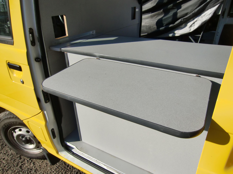 スバルサンバートラックの内装の写真その7 移動販売 スバル 車 内装