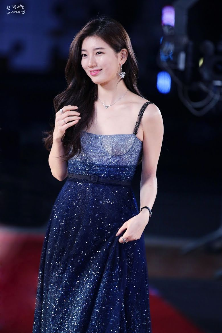 10 Sexiest Red Carpet Dresses Ever Worn By K Pop Idols Koreaboo In 2021 Red Carpet Dresses Dresses Red Carpet Gowns