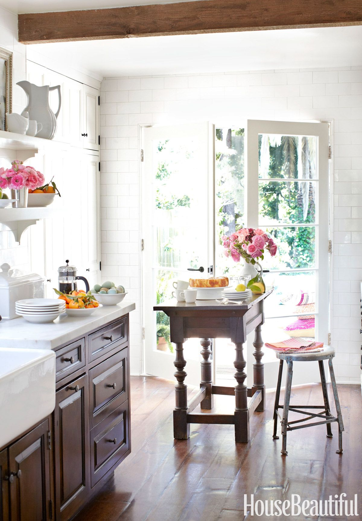 Inside a Charming 1,050-Square-Foot Bungalow in Los Angeles | Chen ...