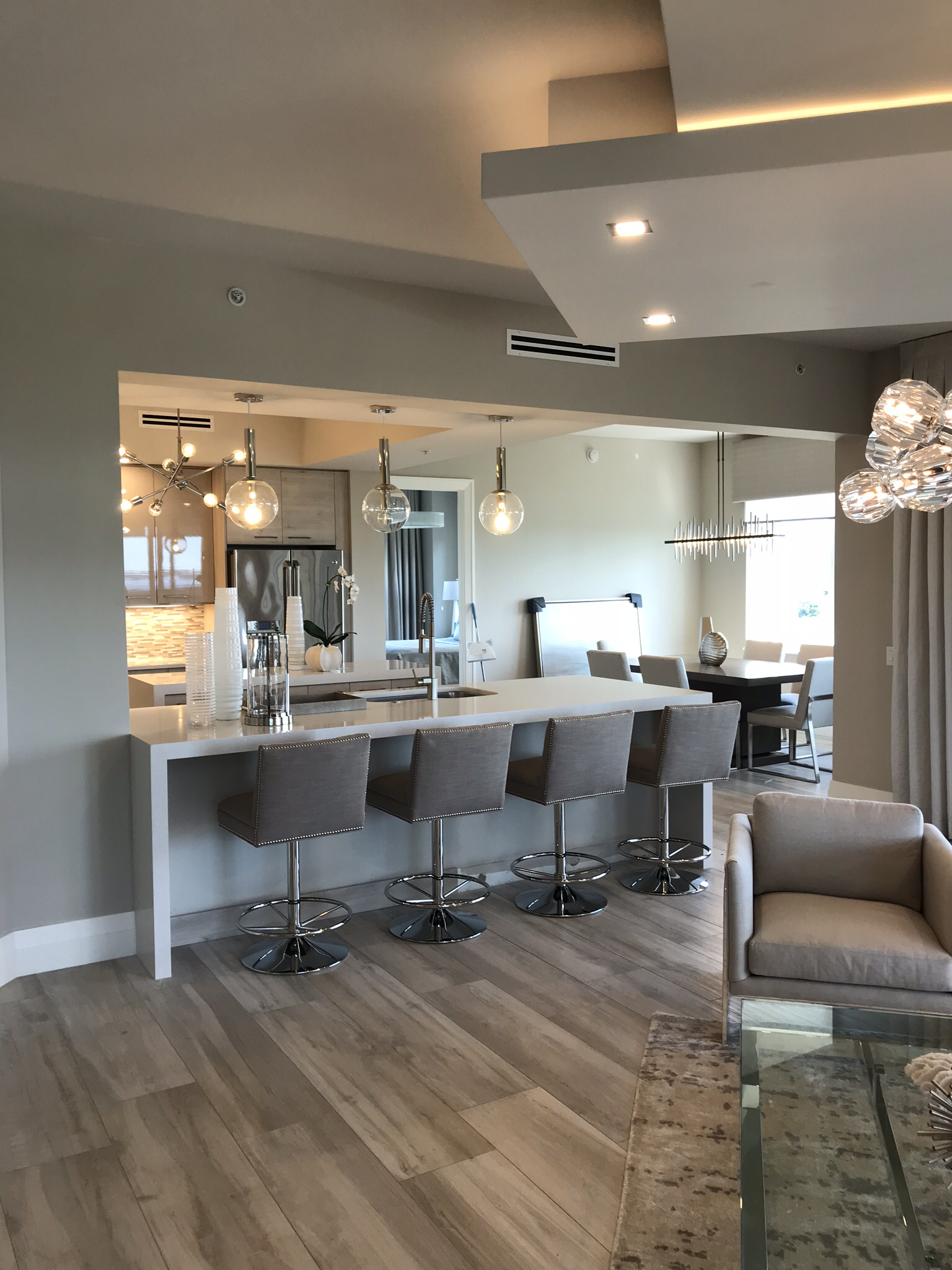 Interior Kitchen Design With Tv Room: Pin By Laurie Walter On Kitchen Islands In 2019