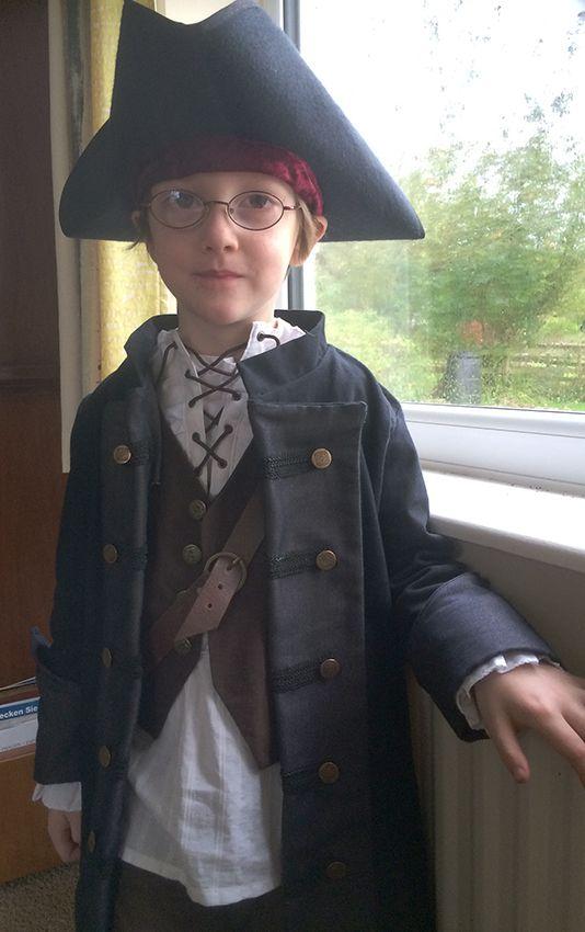 pirat kost m komplett selbst gemacht hemd weste hut mantel und g rtel little pirate. Black Bedroom Furniture Sets. Home Design Ideas