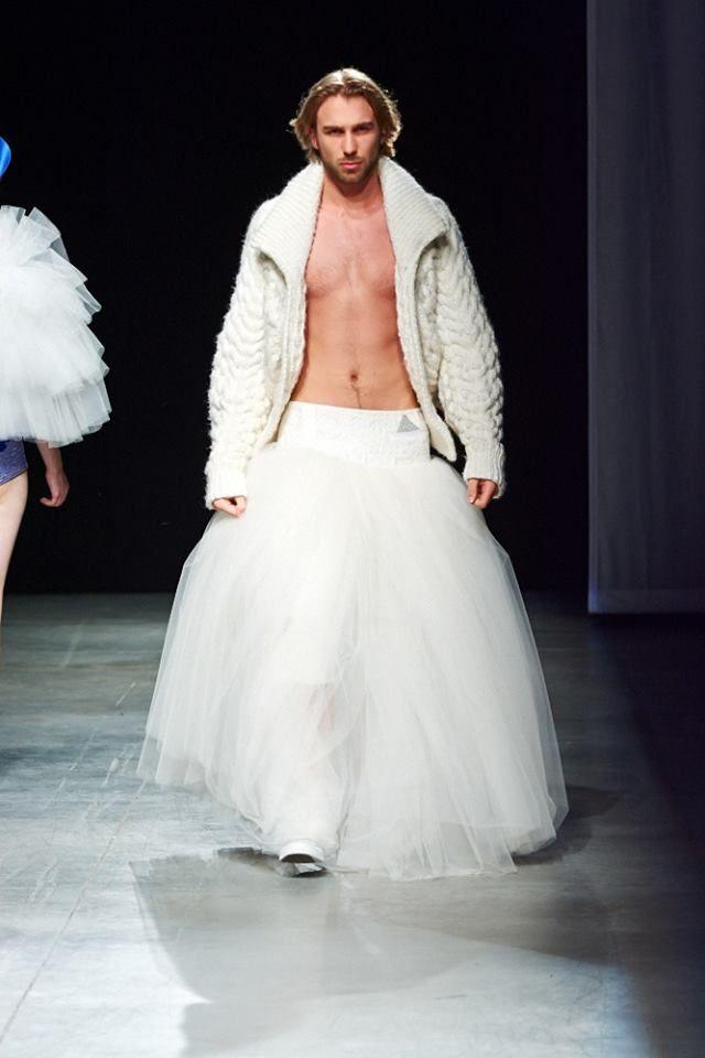 Maxiskirtednation Lucas Straetmans Designed A Skirt For Men Wedding