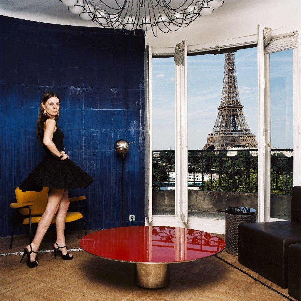 75 Parisiennes Sous L Objectif De Baudouin Le Bhv Marais French Photographers Parisian Parisian Women