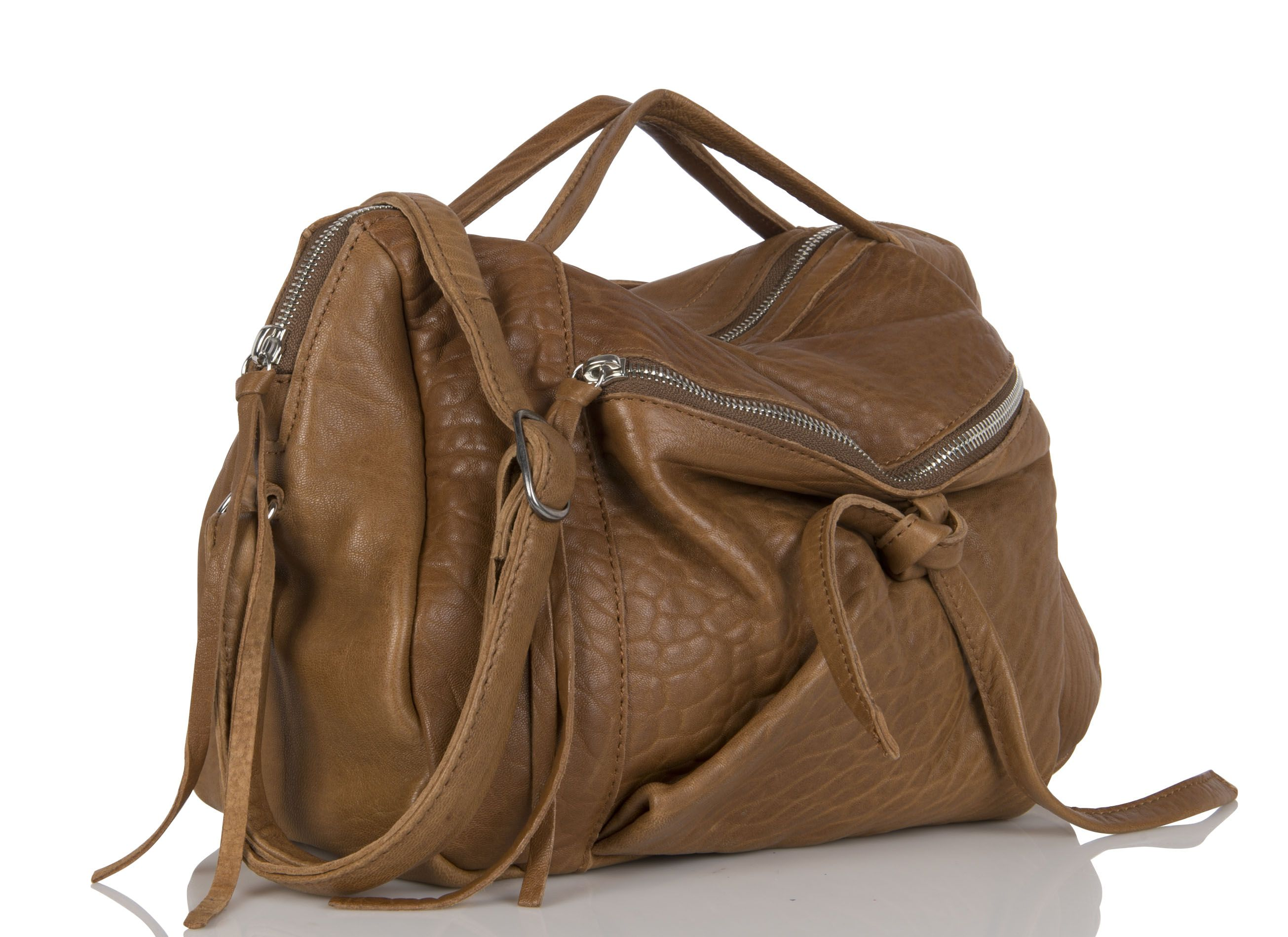 122ab2e8fd Up to 50% Off. Discover this Aridza Bross Liv Zipped Leather Bag Beige from  our Aridza Bross range. Order online today from Place des Tendances.