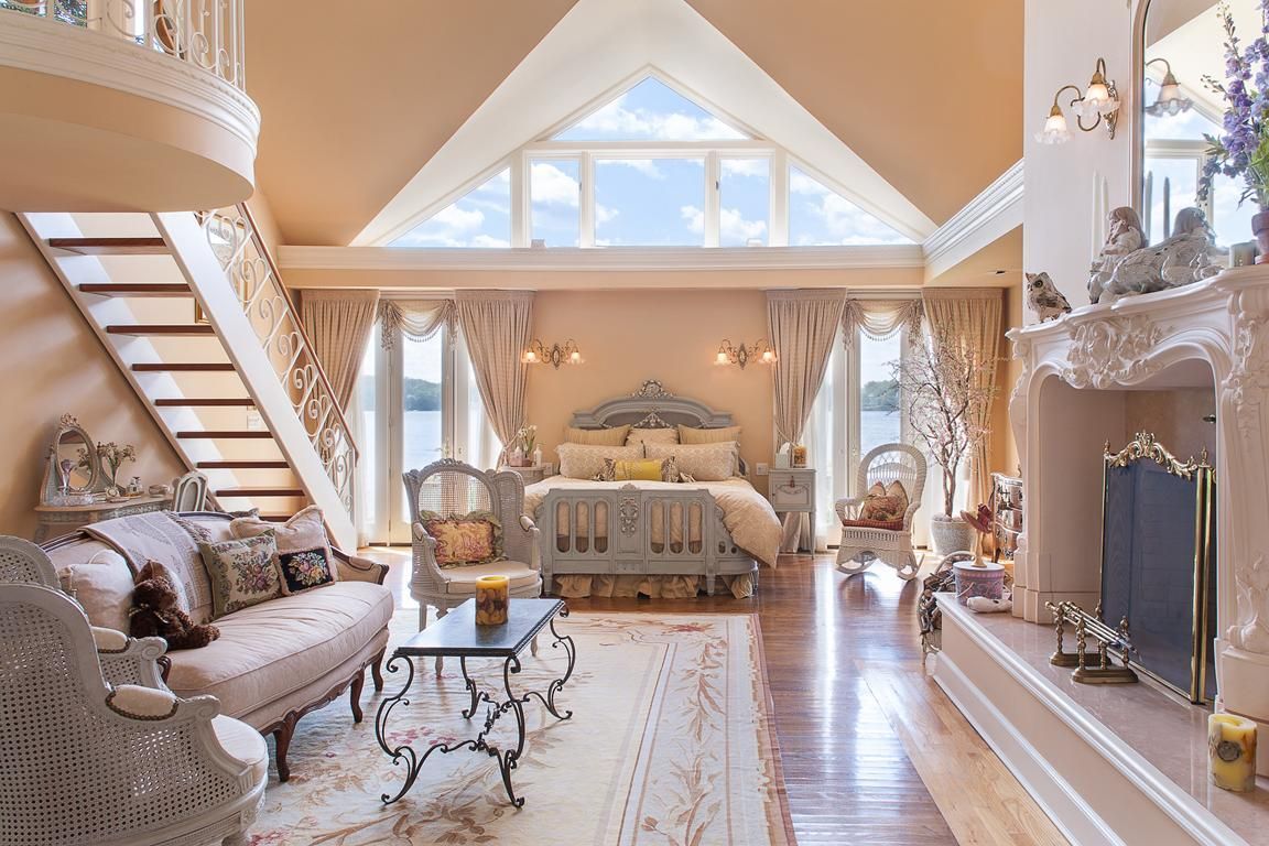Best Master Suite With Fireplace Sitting Area Walk In Closets 400 x 300