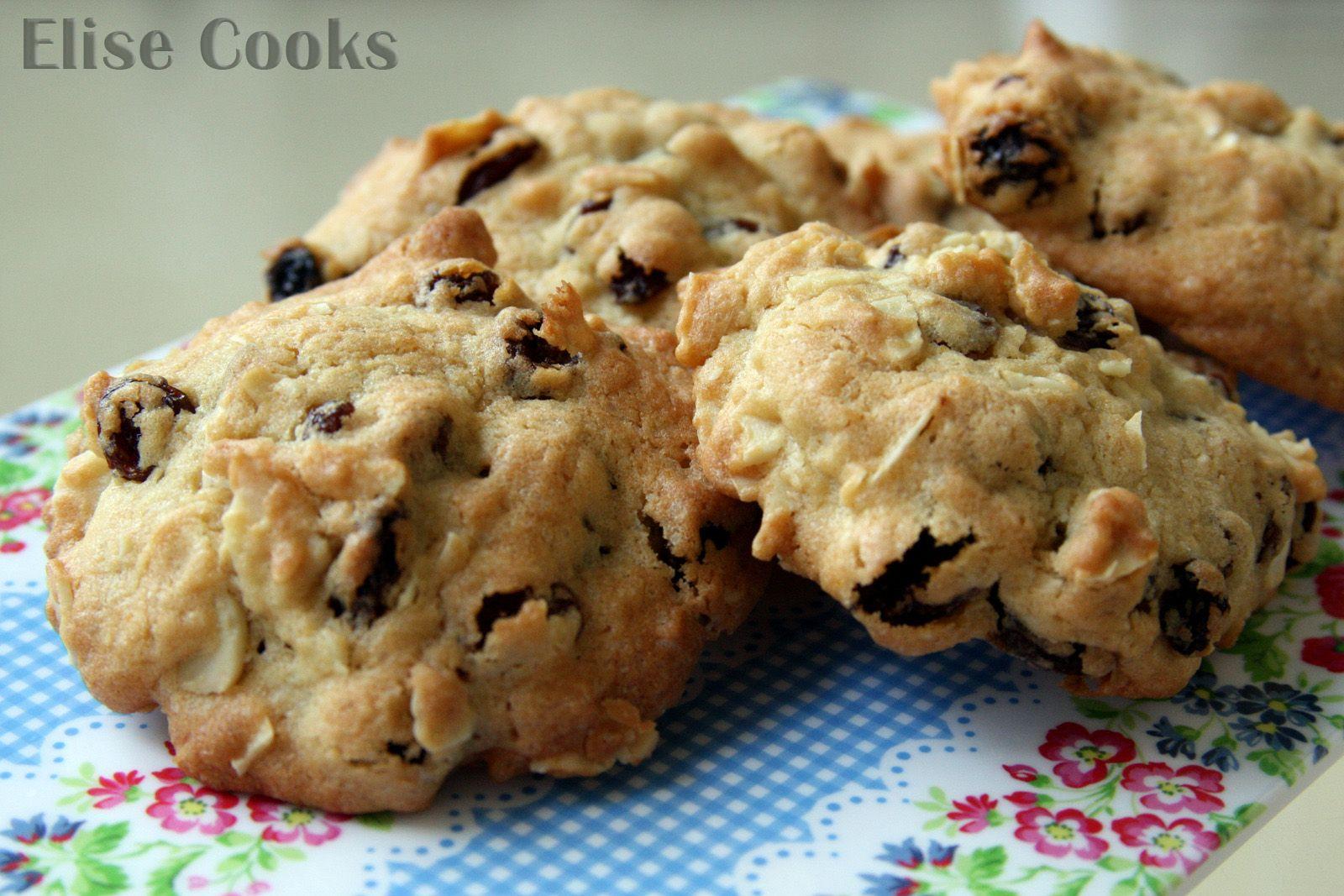 Cookies aux raisins secs et aux amandes
