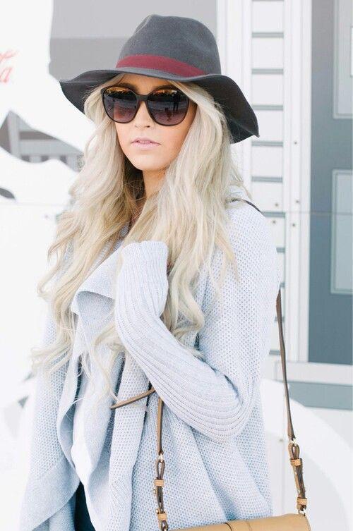 ♥иανι♥ | ☆◇cara loren◇☆ | Pinterest | Moda, Sombreros and Invierno