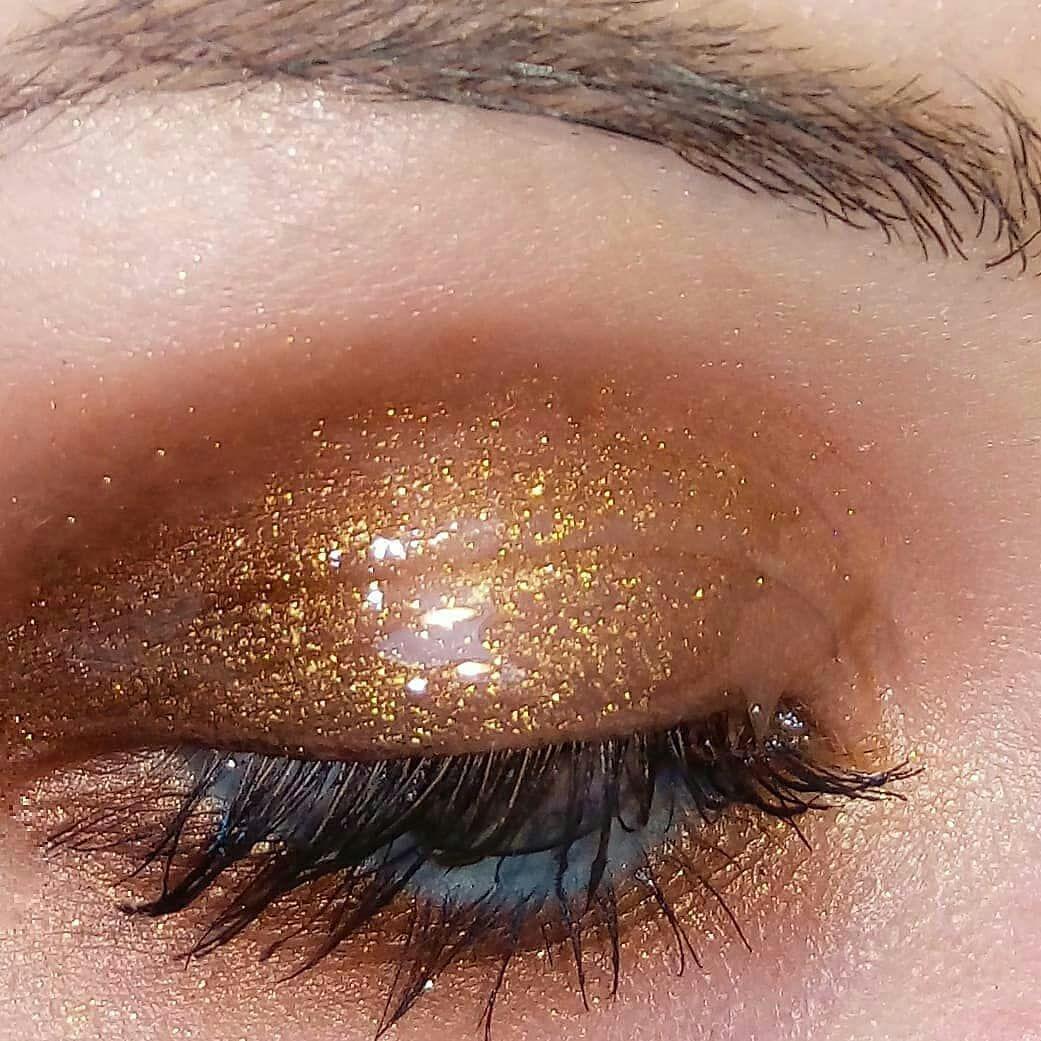 Divine Ritueldefille Love Spell And Divinus Ash Ember Eye Soots Ritueldefille Lornax Celestial Eye Oval Makeup Brush Makeup Eyeshadow Love Spells