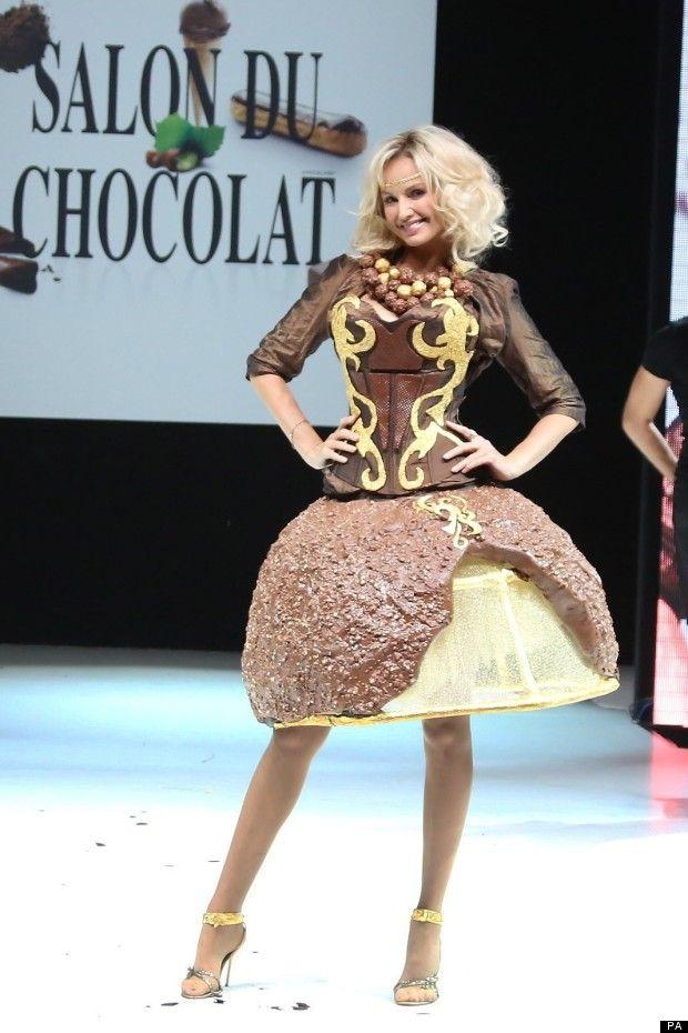 Fashion Show Salon Du Chocolat Paris In 2019 Chocolate