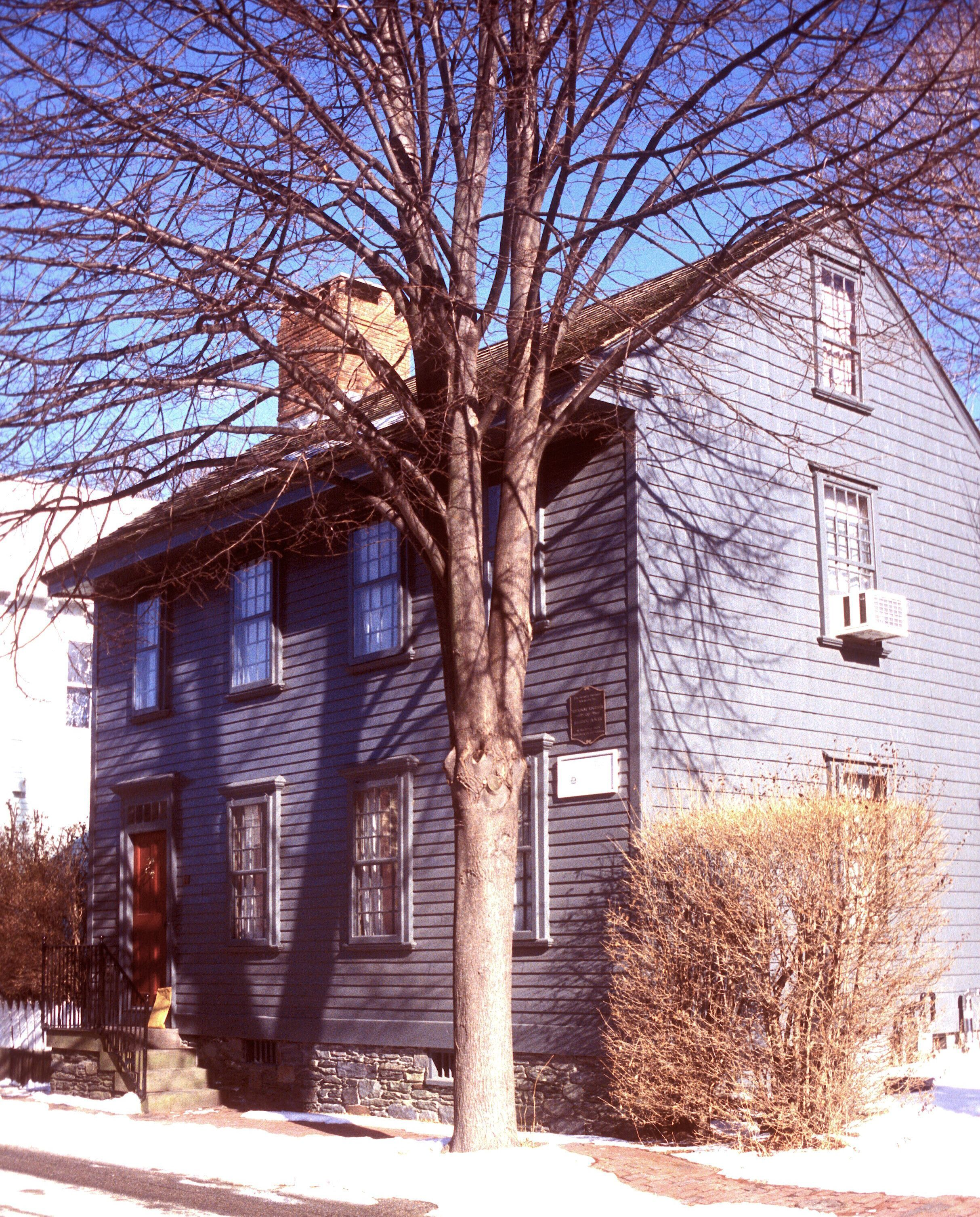 The Daniel Carr House (ca. 1712), At 20 Division Street