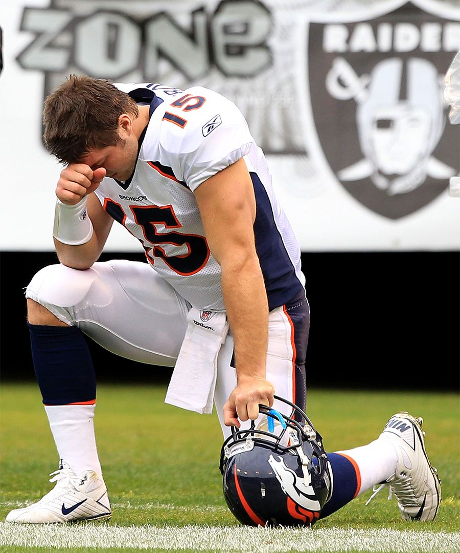 Famous Failed Products And Trends Tim Tebow First Football Football Players