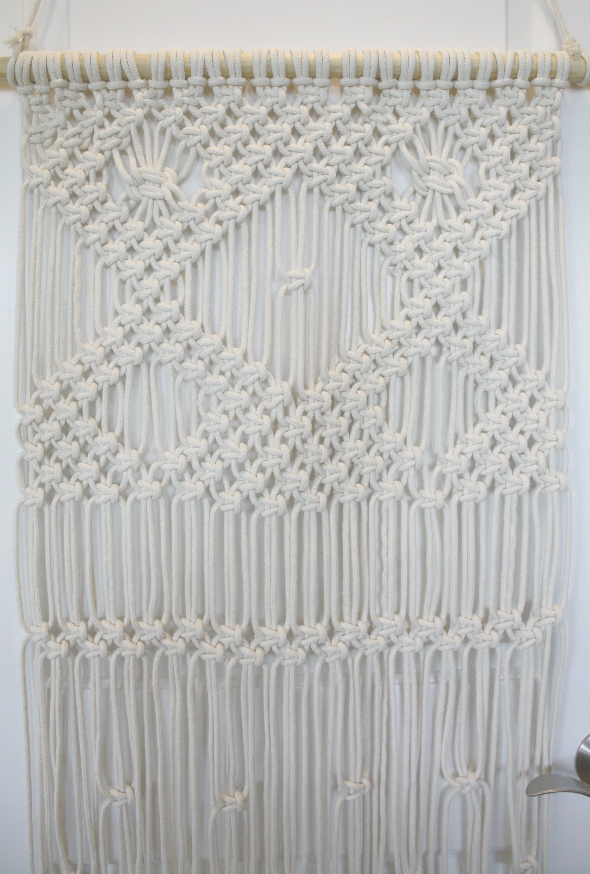 Macrame Wallhanging For Beginners With Images Macrame Wall